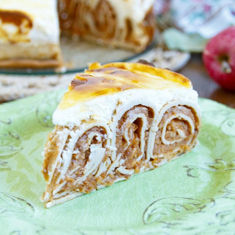 Fitness jablečný dort z palačinek - zdravý recept Bajola