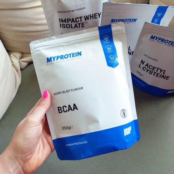 BCAA MyProtein lesní směs práškové