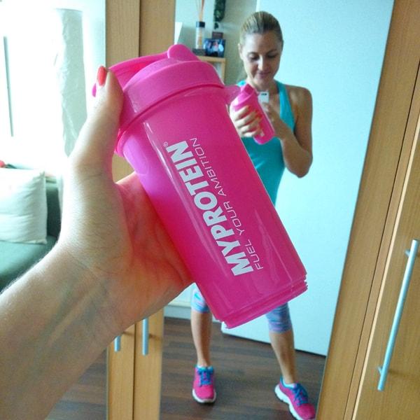 Růžový shaker MyProtein