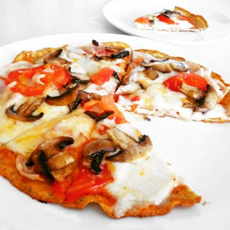Fitness pizza bez sacharidů recept Bajola