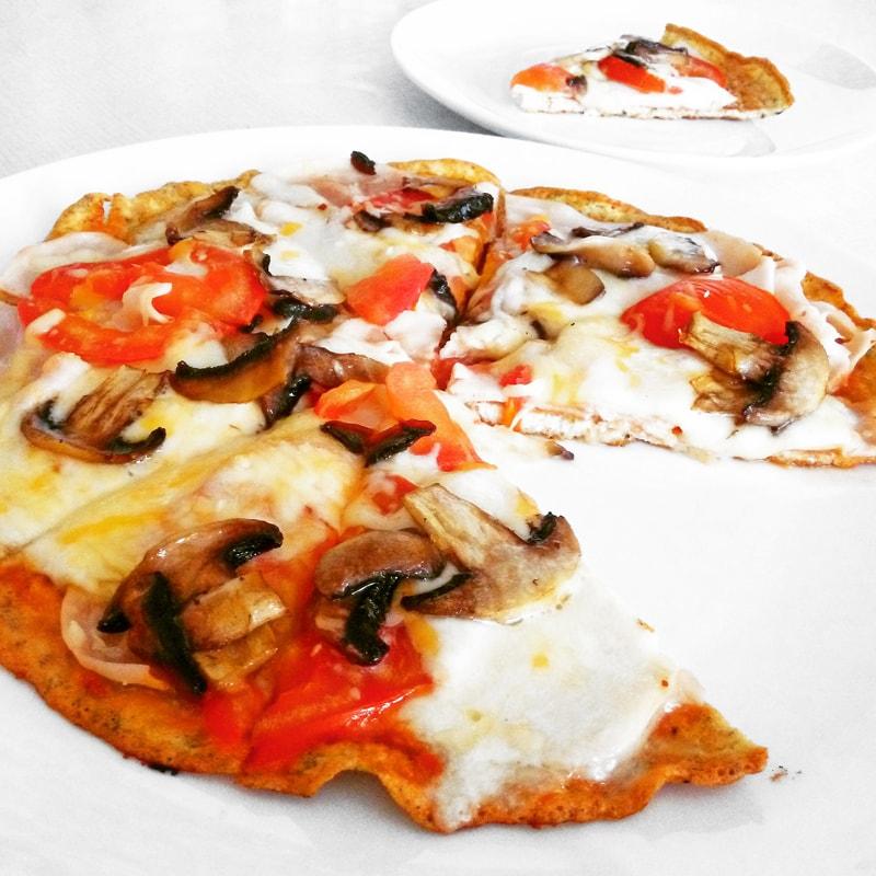 Fitness pizza bez sacharidů recept Bajola