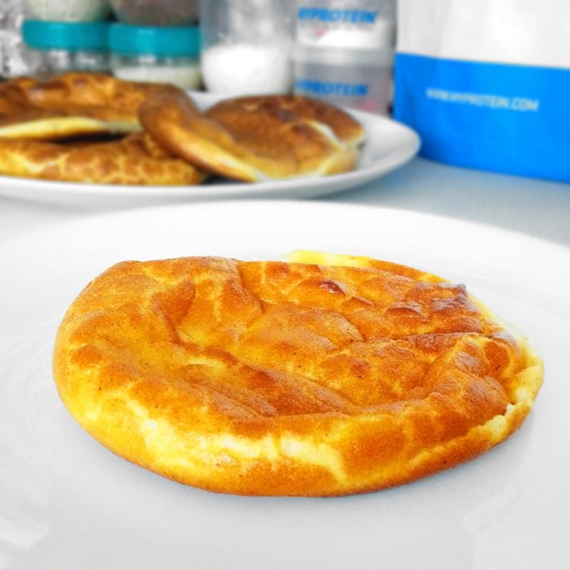 Fitness tvarohové pečivo bez mouky cloudbread oopsie bread recept Bajola