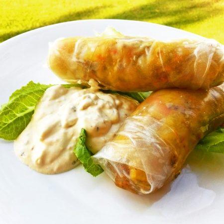 Jarní závitky s jogurtovým dipem - fitness zdravý recept Bajola