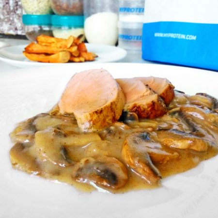 Fitness panenka v houbové omáčce - zdravý recept Bajola
