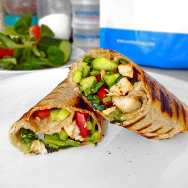 Fitness tortilla s kuřecím masem - zdravý recept Bajola