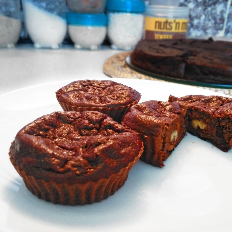 Fitness mrkvové brownie muffiny - zdravý recept Bajola