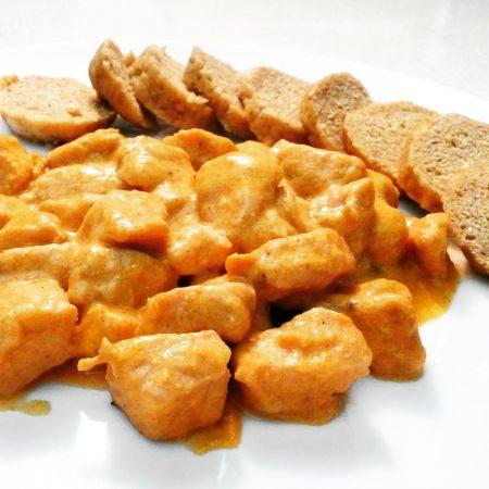 Fitness kuřecí prsa na paprice - zdravý recept Bajola