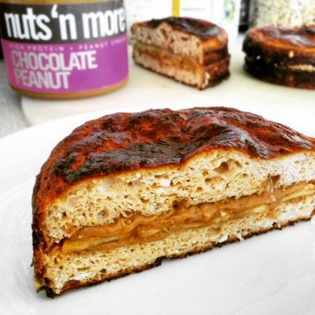 Fitness tvarohový koláček s arašídovým máslem - zdravý recept Bajola