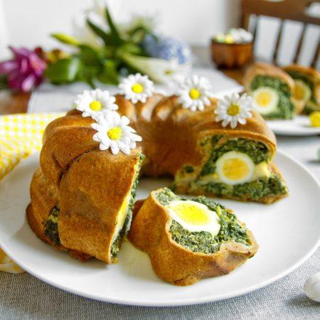 Fitness velikonoční špenátová bábovka - zdravý recept Bajola