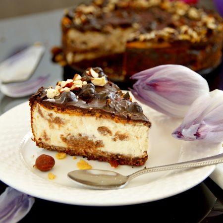 Fitness lískoořiškový cheesecake dort s čokoládou - zdravý recept Bajola
