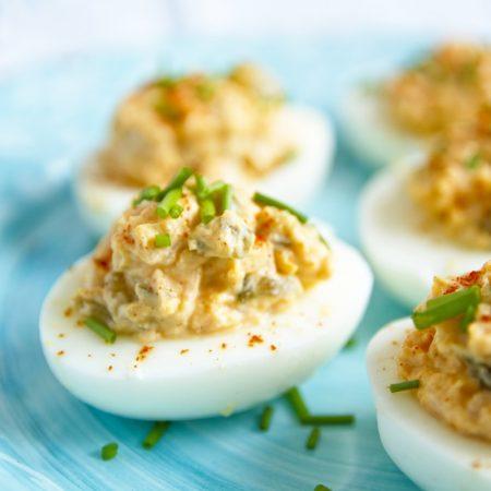 Fitness velikonoční plněná vejce - zdravý recept Bajola