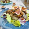 Fitness salát s játry, fíky a ořechy