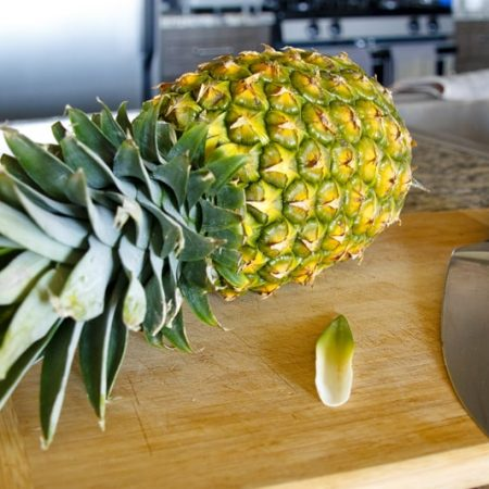Jak oloupat a nakrájet ananas - video návod