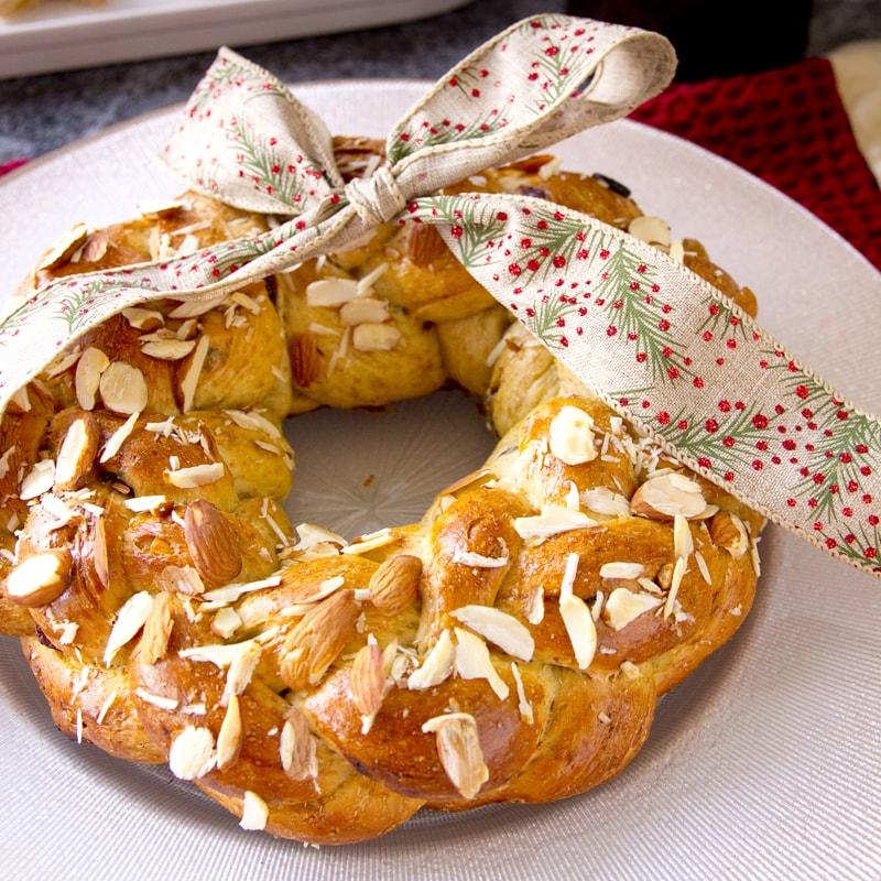 Fit celozrnná kynutá vánočka - recept Bajola